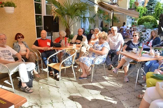 Kawiarenka w ramach Międzynarodowego Festiwalu Muzycznego imienia Krystyny Jamroz w pensjonacie Sanato w 2019 roku. W tym roku festiwal ma odbyć się we wrześniu.