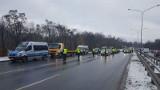 Poznań: Przez akcję policji na ul. Niestachowskiej nie dotarł na pogrzeb siostry. Odszkodowania jednak nie dostanie