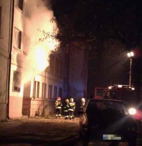 Pożar opuszczonego budynku w Groszowicach.