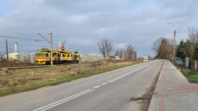Czyżew. Mieszkańcy ul. Złote Jabłko boją się, że Rail Balitica odetnie ich od centrum miasta