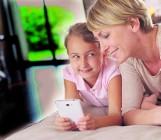 O czym nie rozmawiać z dzieckiem: Trudne tematy na Dzień Dziecka, czyli instrukcja obsługi dziecka współczesnego GALERIA ZDJĘĆ
