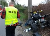 Wypadek w Zabrzu: kierowca quada uderzył w latarnię. Dwie osoby trafiły do szpitala ZDJĘCIA