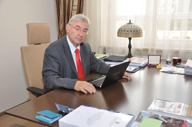 Dotychczasowy rektor Politechniki Radomskiej Mirosław Luft kończy szefowanie uczelnią pod dwóch kadencjach.