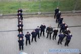 Wrocławscy policjanci robili pompki dla chorych dzieci (FILM)
