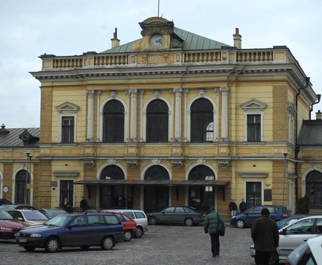 Na remont dworca Przemyśl Główny wydane zostanie ponad 88 mln zł. Fot. Dariusz Delmanowicz
