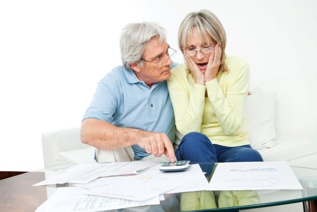 Proponowany kredyt wygląda zwykle kusząco, ale czasem raty bywają nie do udźwignięcia dla budżetu seniorów