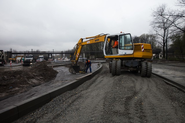Trwa przebudowa ulicy Igołomskiej oraz kompleksowa modernizacja torowiska i pętli tramwajowej w Pleszowie