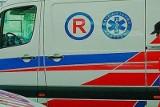 Tragiczny wypadek w Kadłubie. Motorowerzysta uderzył w ścianę