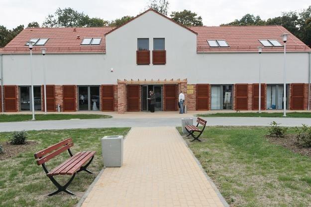 Lubuskie Centrum Winiarstwa w Zaborze nie ma jeszcze ani jednego głosu. Aby zagłosować na ten budynek wyślij SMS o treści GLB1.3 na nr 72355