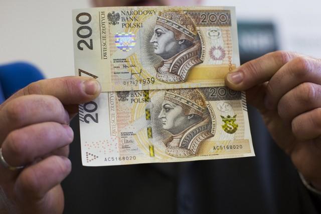 12.02.2016 krakow  ul. basztowa 20, nbp, prezentacja nowego banknotu 200 zlotychnz fot. andrzej banas / polska press