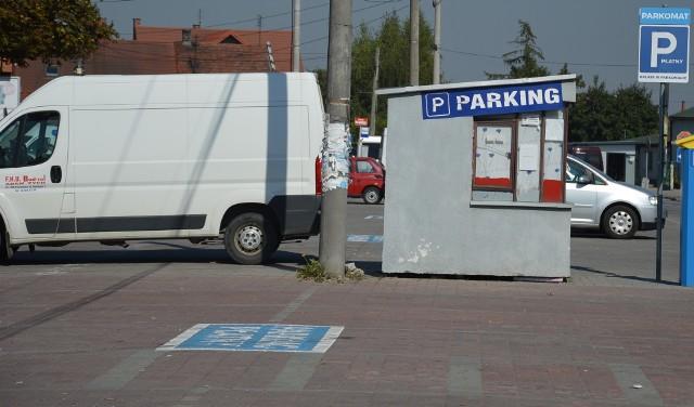 W Proszowicach brakuje miejsc parkingowych