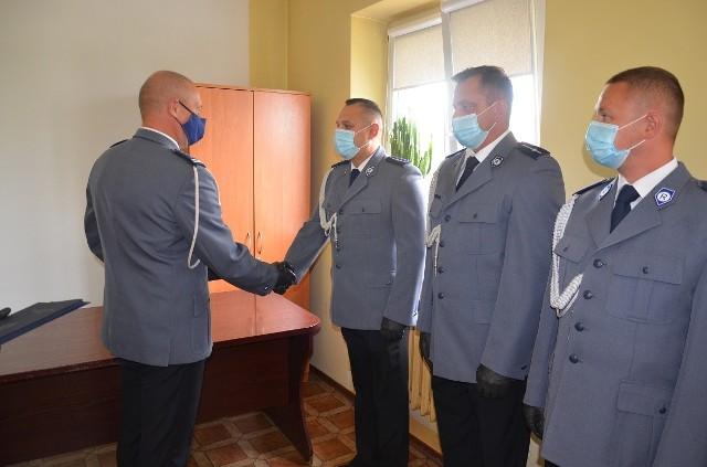 Nominacje na wyższe stopnie służbowe wręczył insp. Paweł Cichacki