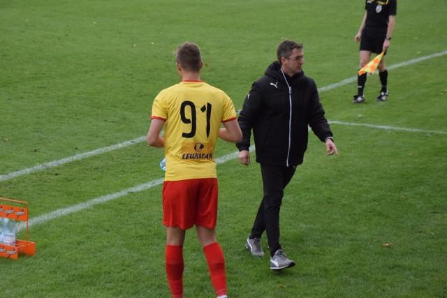 - Zagraliśmy dzisiaj tragicznie, a rywale koncertowo - powiedział po meczu trener Korony, Paweł Czaja.