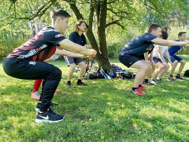 Wielki maraton kalisteniki na Wzgórzach Piastowskich.