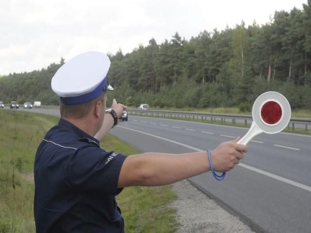 Toruńska policja przeprowadziła rutynową kontrolę auta i znalazła środki odurzające.