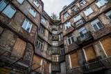 Sytuacja mieszkaniowa w Polsce poprawia się głównie dzięki... wyjazdowi za granicę milionów Polaków