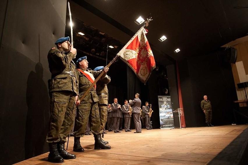 Żołnierze z 7 Brygady Obrony Wybrzeża lecą na Bałkany.
