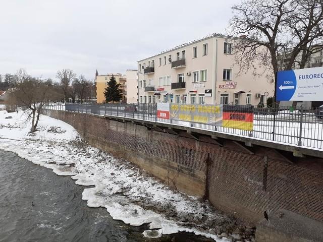 Przedsiębiorcy z Gubina i okolicy walczą o przywrócenie małego ruchu granicznego. Wspierają ich radni powiatu krośnieńskiego, którzy wysłali apel do władz Brandenburgii.
