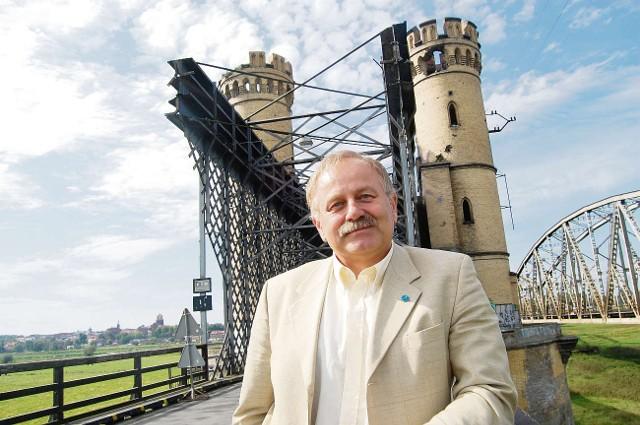 Ludwik Kiedrowski liczy, że uda się stworzyć możliwości pozyskania środków na odbudowę tczewskiego mostu