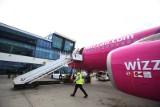 Awaryjne lądowanie samolotu w Pyrzowicach. Jak wyglądają procedury? Wszystkie służby stawia się na baczność
