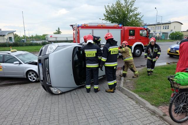 Wypadek na Octowej w Białymstoku. Kia zderzyła się z audi