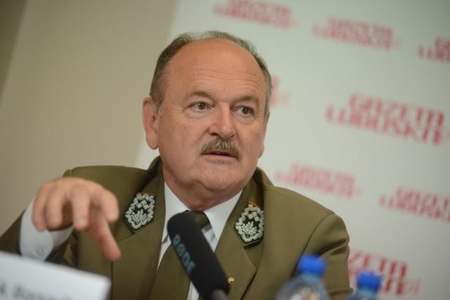 Po 20 latach pracy Leszek Banach ustępuje ze stanowiska dyrektora Regionalnej Dyrekcji Lasów Państwowych w Zielonej Górze. Na stanowisku zastąpi go pochodzący ze Strzelec Krajeńskich Wojciech Grochala - były senator PiS i leśnik.