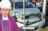 Pijany biskup spowodował wypadek w Warszawie, dziś usłyszy zarzuty. Wypił pół litra whisky
