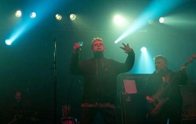 Kult podczas koncertu w Białymstoku