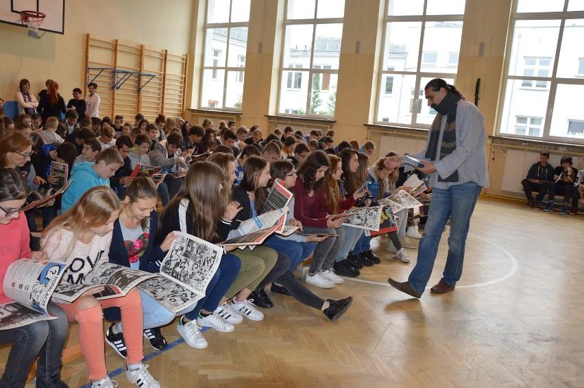 """Akcja """"Stop dopalaczom"""" nabiera tempa. We wtorek, 19 października, byliśmy w gimnazjach w Nowogrodzie Bobrz., Świdnicy i Zielonej Górze."""
