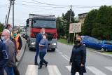 Dąbrowa Górnicza. Tiry znów nie mogą wjeżdżać do Strzemieszyc. Mieszkańcy odetchną przez dwa miesiące