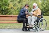 Seniorzy z Sopotu wypróbują nowoczesny system opieki zdalnej. Kurort jako pierwszy w Polsce przetestuje platformę KWIDO