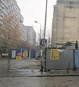 Nowa kamienica u zbiegu ul. Piotrkowskiej i Wigury