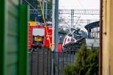 Wypadek w Puszczykowie: Kierowca karetki usłyszał zarzuty. Nie przyznał się do winy i odmówił składania wyjaśnień