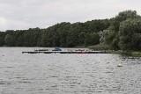 Jezioro Powidzkie zarybione przed mistrzostwami: Do wody wpuszczono 600 kg szczupaków - zobacz film z zarybiania [WIDEO]