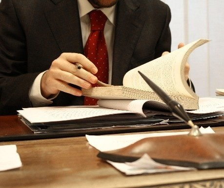 Założenie konta firmowego to jeden z etapów startu z własnym biznesem