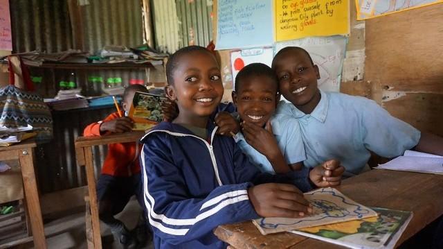 Młodzi ludzie zebrali już 500 zł, ale potrzeby dzieci z wiejskiej szkoły Osimlai w południowej Kenii, nad którą pieczę trzyma Fundacja Mogę się uczyć, są znacznie większe