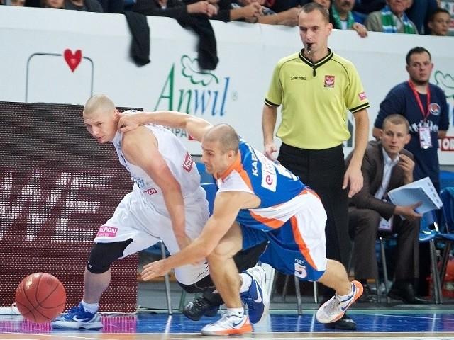 Krzysztof Szubarga (w walce z Piotrem Kardasiem) mógł doprowadzić do dogrywki, potem nie udało się to też Tony Weedenowi.
