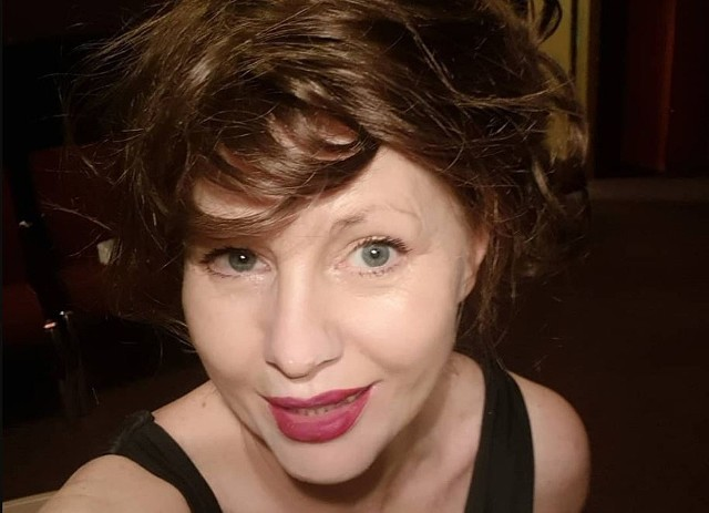 Aktorka Ewa Skibińska na jednym z ostatnich zdjęć zamieszczonych w serwisie Instagram pokazała się topless. Fani nie kryją zachwytu w komentarzach. Zobacz kolejne zdjęcia. Przesuwaj zdjęcia w prawo - naciśnij strzałkę lub przycisk NASTĘPNE