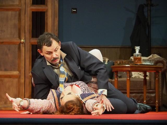 """Teatr Dramatyczny - Andrzej Mastalerz wyreżyserował """"Naprzód, Freedonio!"""" Mortimera Rogera"""
