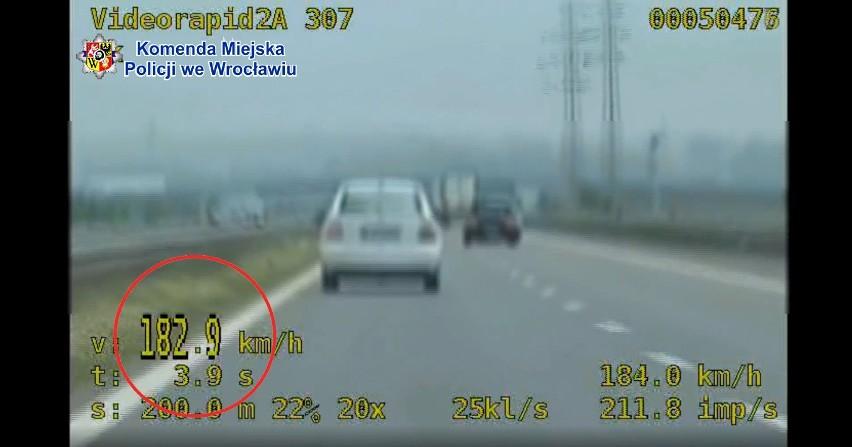 Pijany kierowca gnał przed S8 pod Wrocławiem ponad 180 km/h