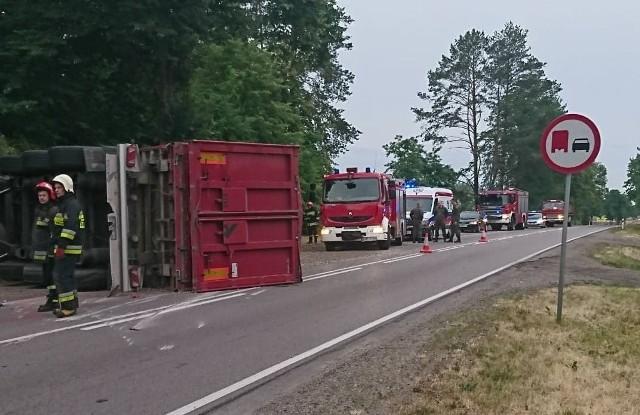 Do zdarzenia drogowego doszło w sobotę około godziny 4.55 w rejonie miejscowości Ploski na DK 19.