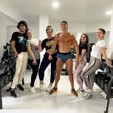 Imponująca sylwetka. Cristiano Ronaldo nie odpuszcza treningów, ćwiczy z rodziną [WIDEO]