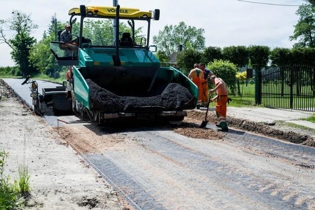 Nowy asfalt położono na ul. Zastawnej.