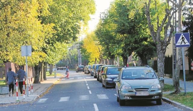 W Bełchatowie brakuje miejsc parkingowych
