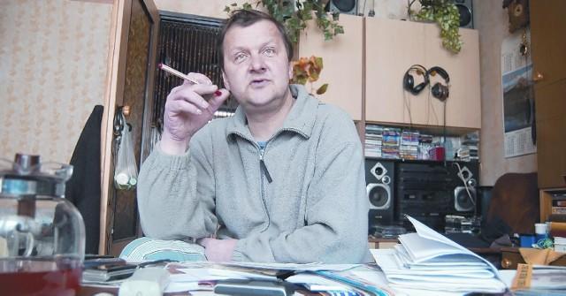 Tadeusz Puzio uważa, że pomoc opiekunki mu się należy. Innego zdania są pracownicy Ośrodka Pomocy Społecznej.