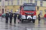 Strażacy ochotnicy z Drezdenka dostali nowy wóz. Nadali mu imię Bolek