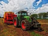 Folia rolnicza. Pilotażowy program finansowania usuwania folii rolniczych. Siedem gmin z naszego regionu bierze w nim udział