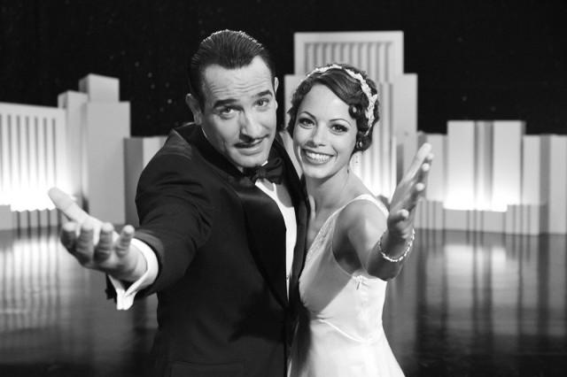 """Jean Dujardin i Berenice Bejo w filmie """"Artysta"""", wyróżnionym 10 nominacjami do Oscara."""