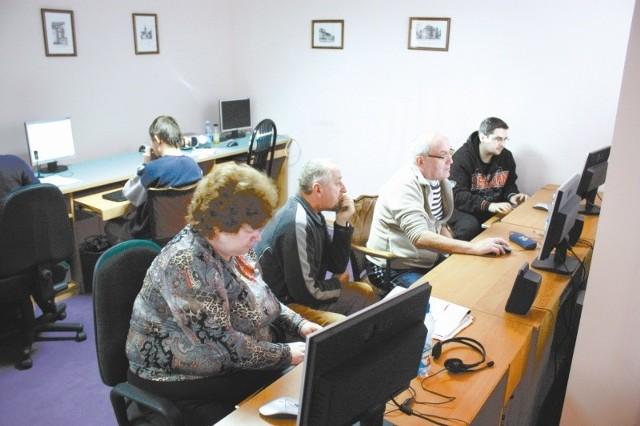 """Firma CTC Polska w ramach projektu """"Równe szanse"""" prowadziła też dla osób niepełnosprawnych kursy komputerowe. ( archiwum CTC)"""