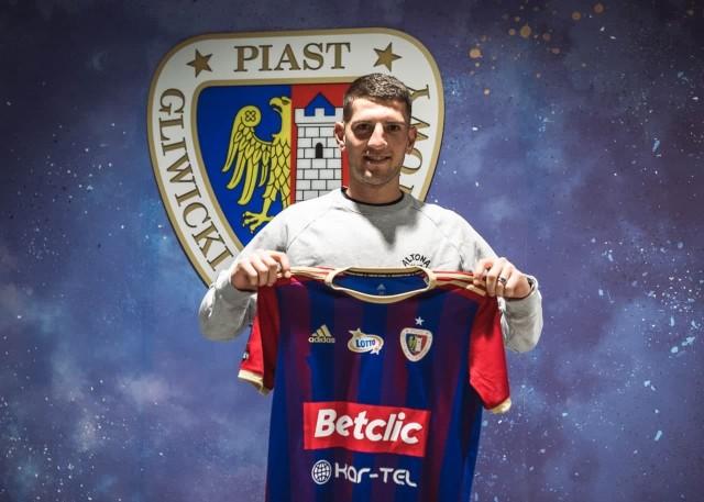 10.06.2021 r. Hiszpan Alberto Toril podpisał kontrakt z Piastem Gliwice.